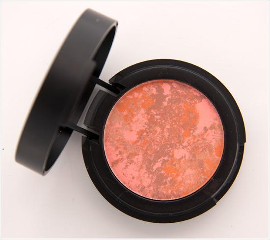 Make-Up-Store-Breccia-Marble-Blush001