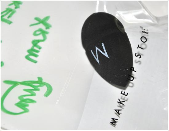 MUA Lisa Aruhsell skickade en Make Up Store egg sponge