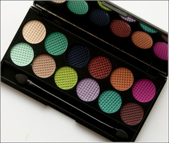 Sleek MakeUp Mediterranean Collection i-divine Eyeshadow Palette Monaco