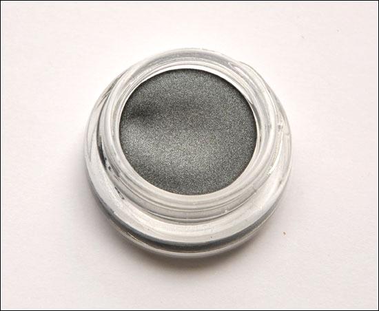 Benefit Creaseless Cream Eyeshadow/Liner Strut