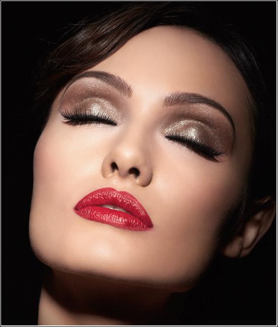 IsaDora Cream Mousse Eye Shadows