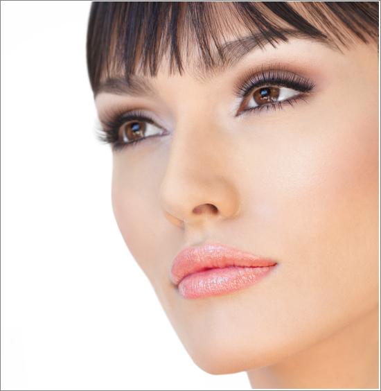 IsaDora Multi Vitamin Gloss