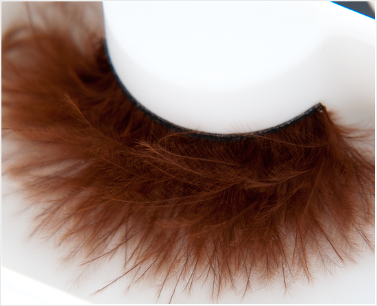 Make-up-Store-Brown-Feather-lash-art002
