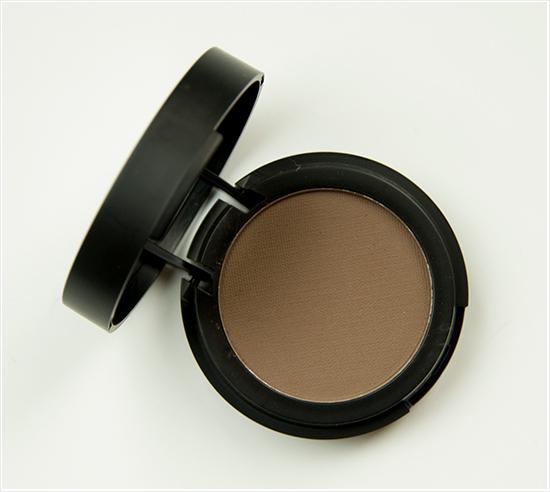Make-Up-Store-Design-Microshadow
