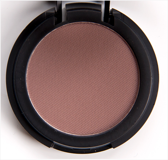 Make-Up-Store-Sophisticated-Microshadow001