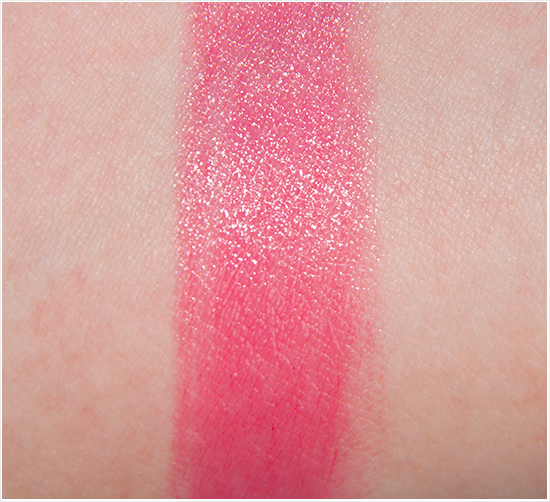 Chanel-87-Rendez-Vous-Rouge-Coco-Shine-Swatch