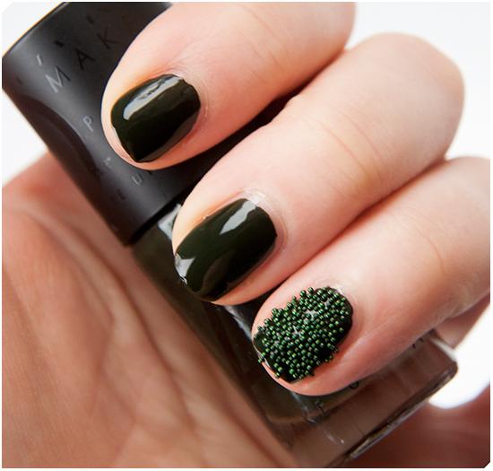 Erik-Dark-Green-Nail-Deco-Caviar