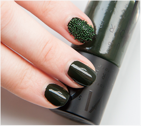 Makeupstore-Erik-Nailpolish-Dark-Green-Nail-Deco-Caviar